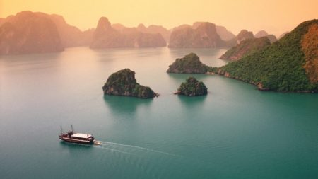 Cruising Halong Bay in Vietnam - Savile Row Travel