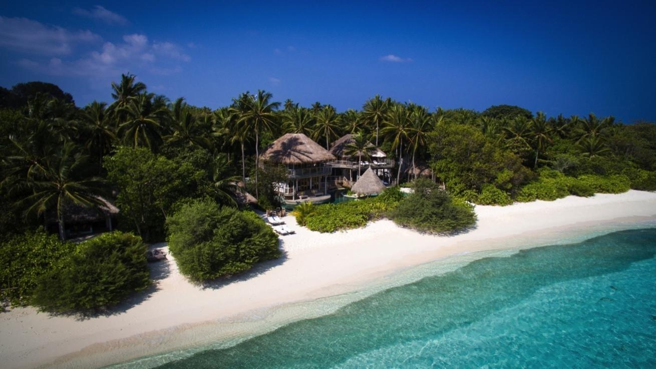 Maldives Soneva Fushi Beachfront Living 1200w