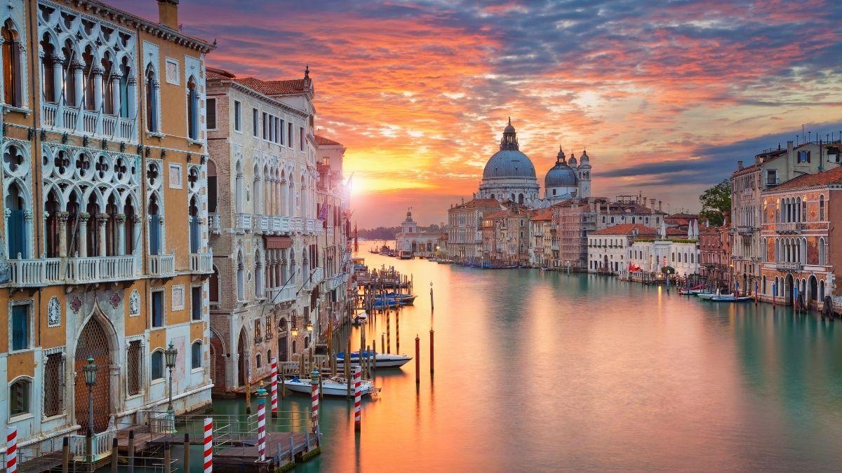 Grand Canal Venice luxury tour