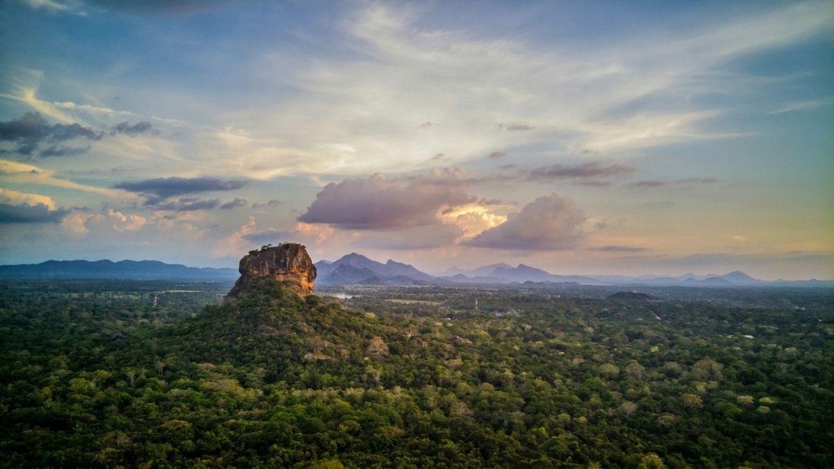 Sigiriya Rock Sri Lanka luxury tour